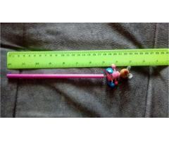 Продам карандаш с игрушкой