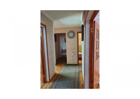 Продам 4х комнатную квартиру