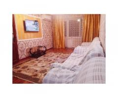 2-комнатная квартира, 45 м², 3/5 эт. посуточно